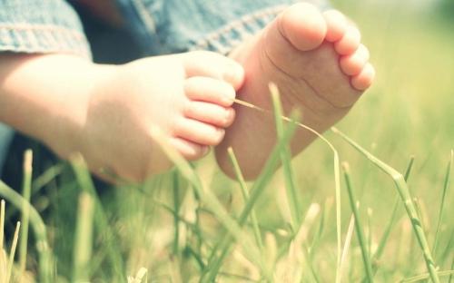 Нужна ли моему ребенку ортопедическая обувь?